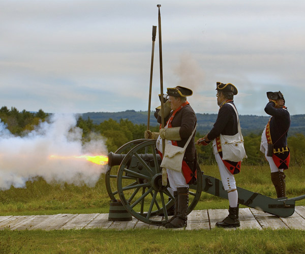 cannon firing at saratoga national historical park