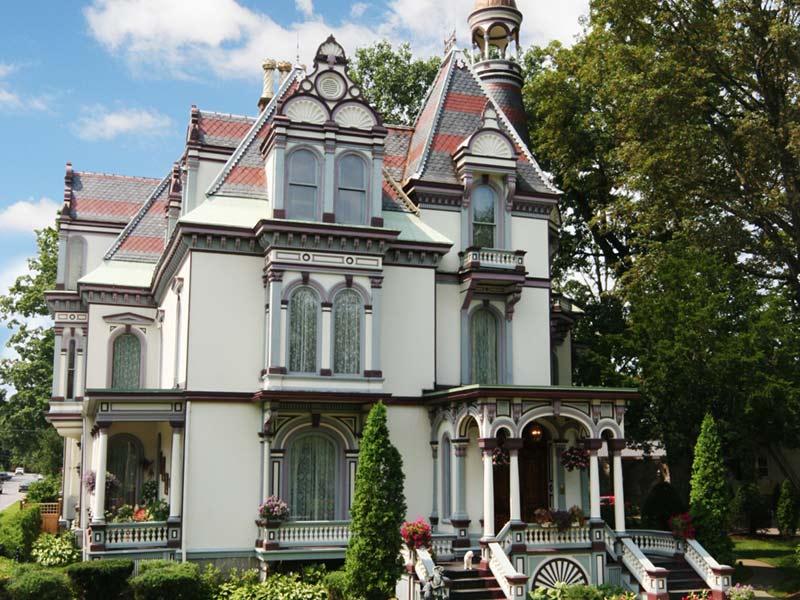 Exterior view of Batcheller Mansion Inn