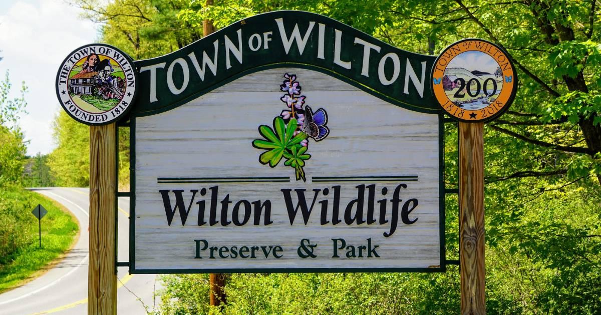 Town of Wilton Wilton Wildlife sign