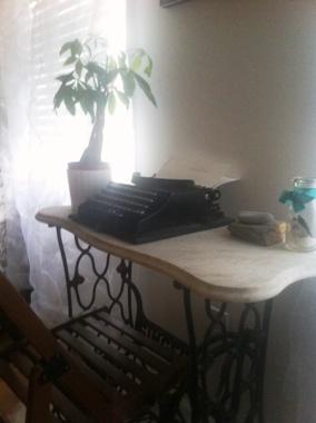 typedesk.JPG