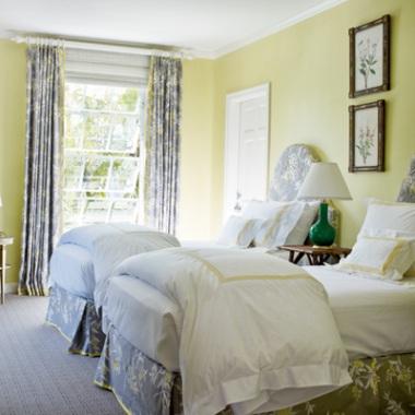 pastel-guest-room-l.jpg