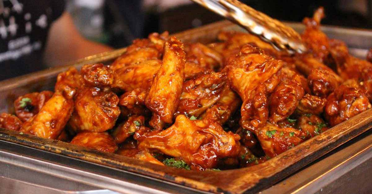 saucy chicken wings