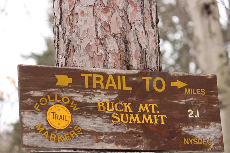 trail head sign at buck mountain