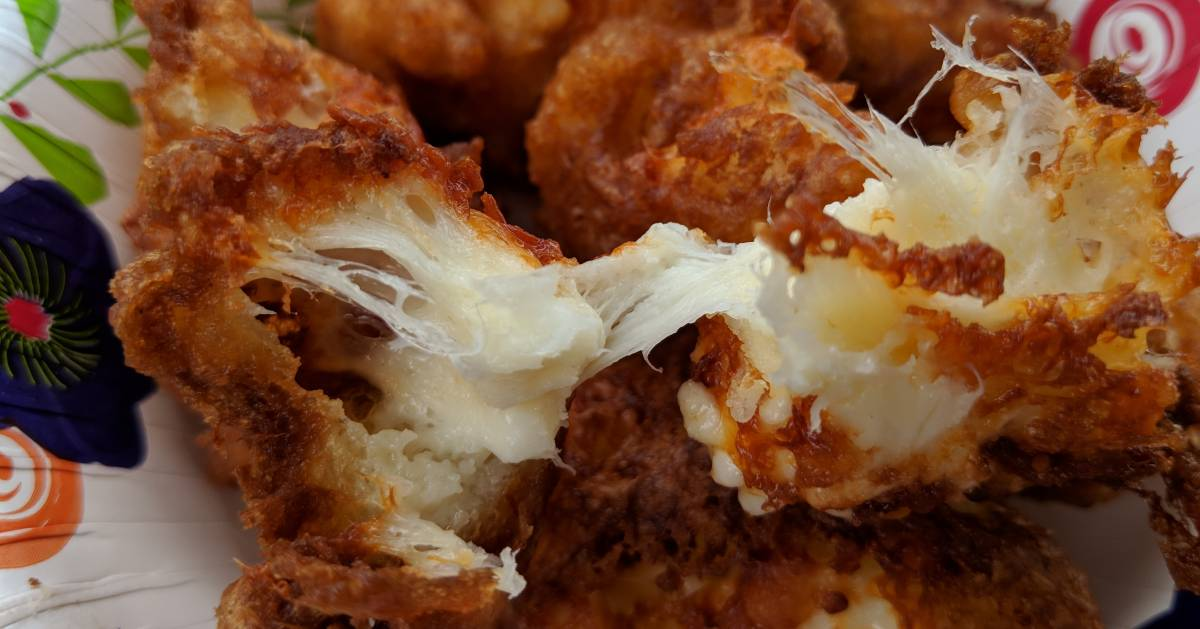 close up of deep fried cheese curds