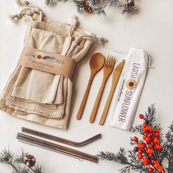 bamboo cutlery and bag