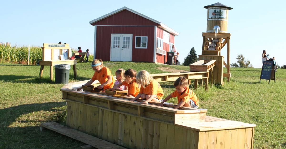 kids mining for gemstones at ellms family farm