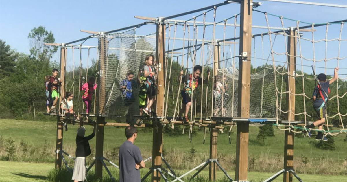 kids on a small ropes course