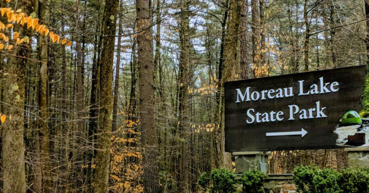 moreau lake state park sign