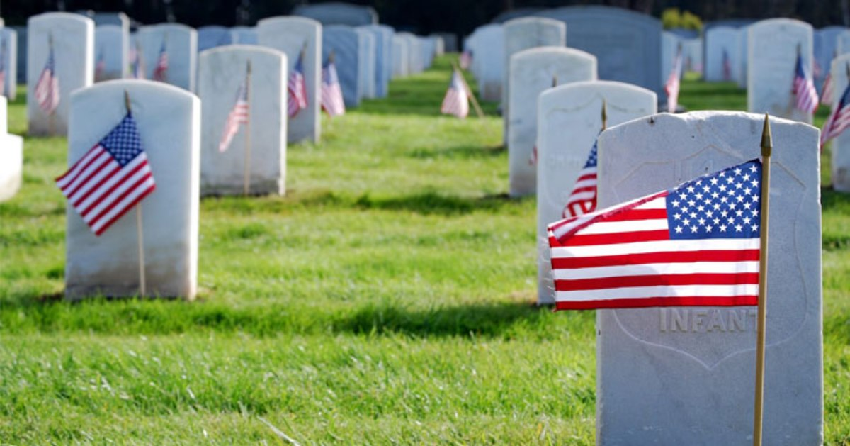 american flags near graves