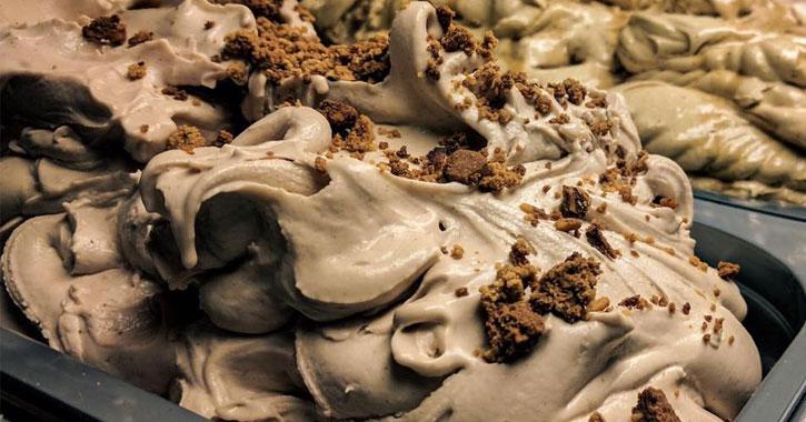 almond biscotti gelato