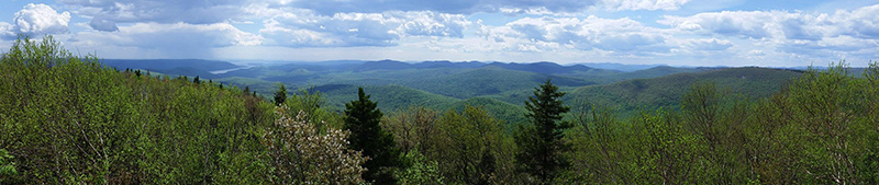 panoramic view at hadley summit
