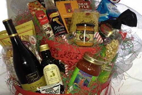 SuasAtions Gift Basket