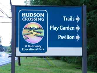 Hudson Crossing Sign