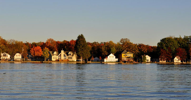 Saratoga Lake with fall foliage in the background