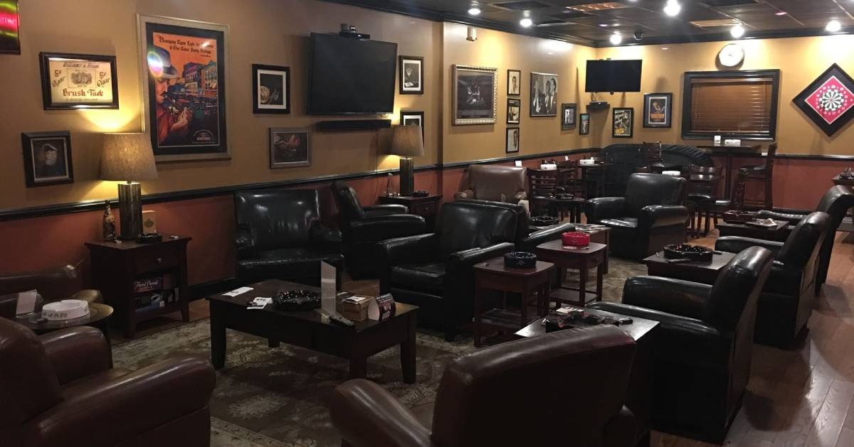 an empty cigar lounge