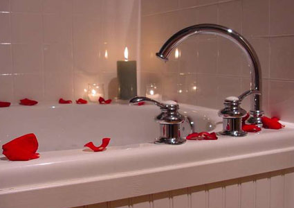 longfellows romance bathtub