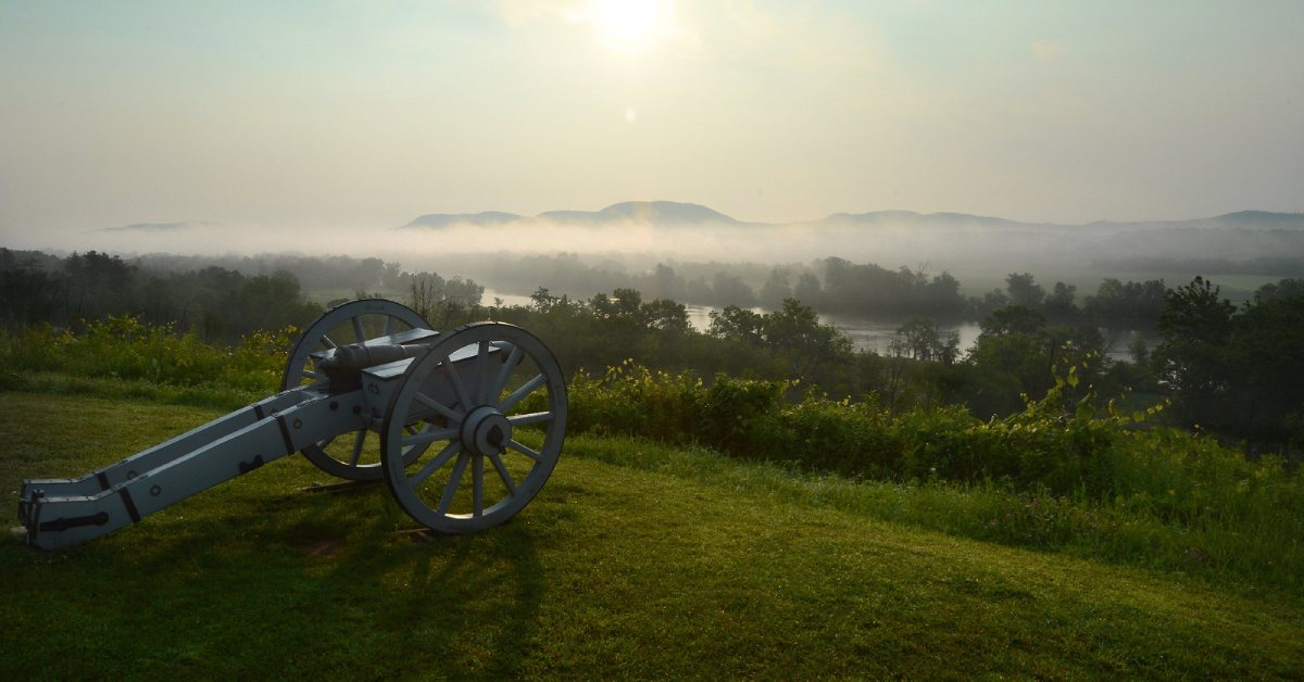 a cannon overlooking the hudson river