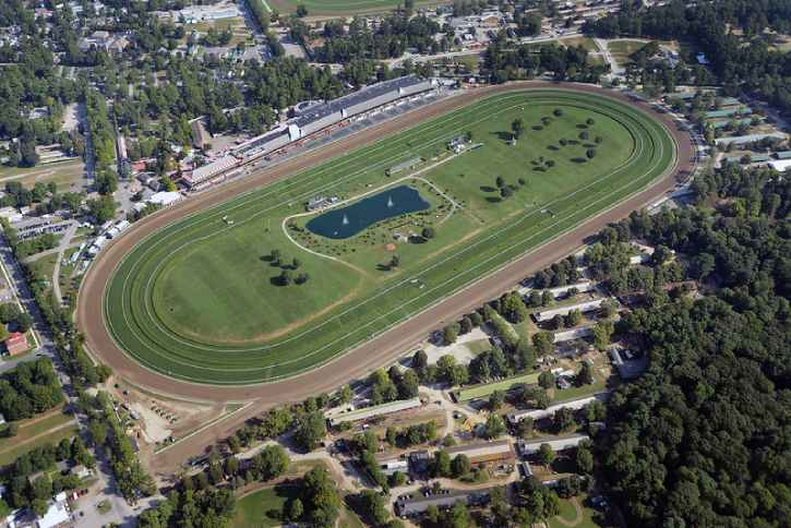 saratoga race course as seen from the sky