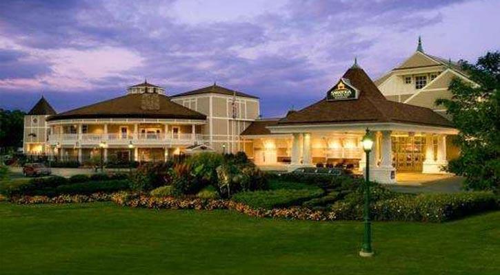 the outside of Saratoga Casino Hotel