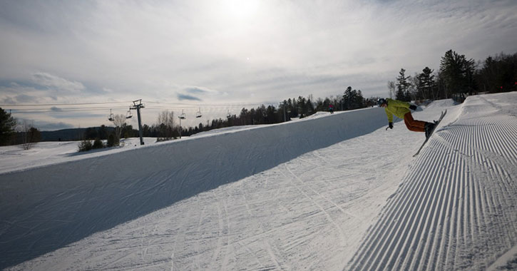 winter halfpipe