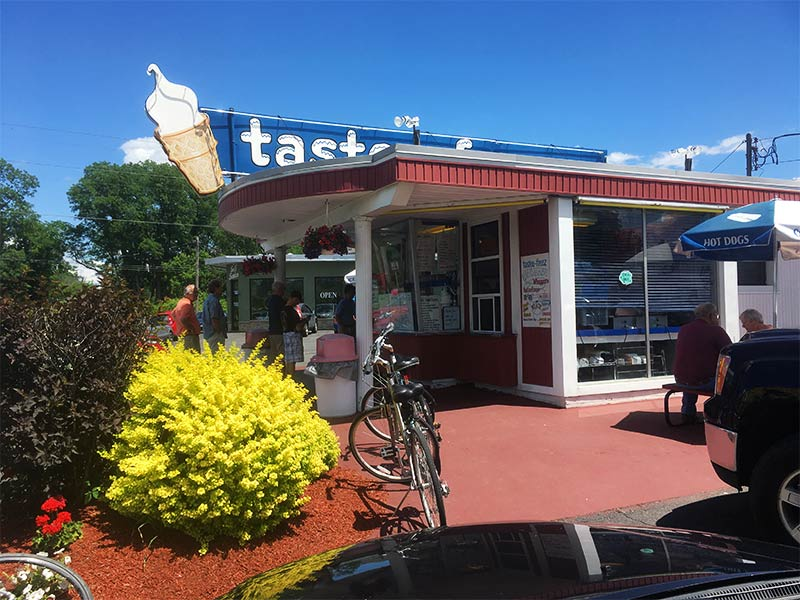 jim's tastee freez building