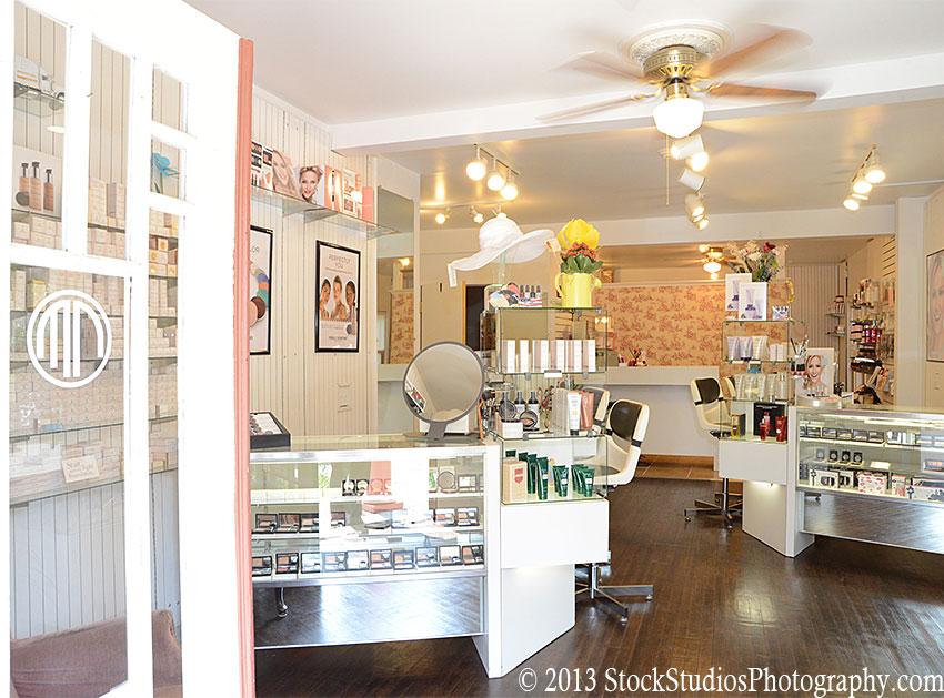 Merle Norman Cosmetics Studio Moves