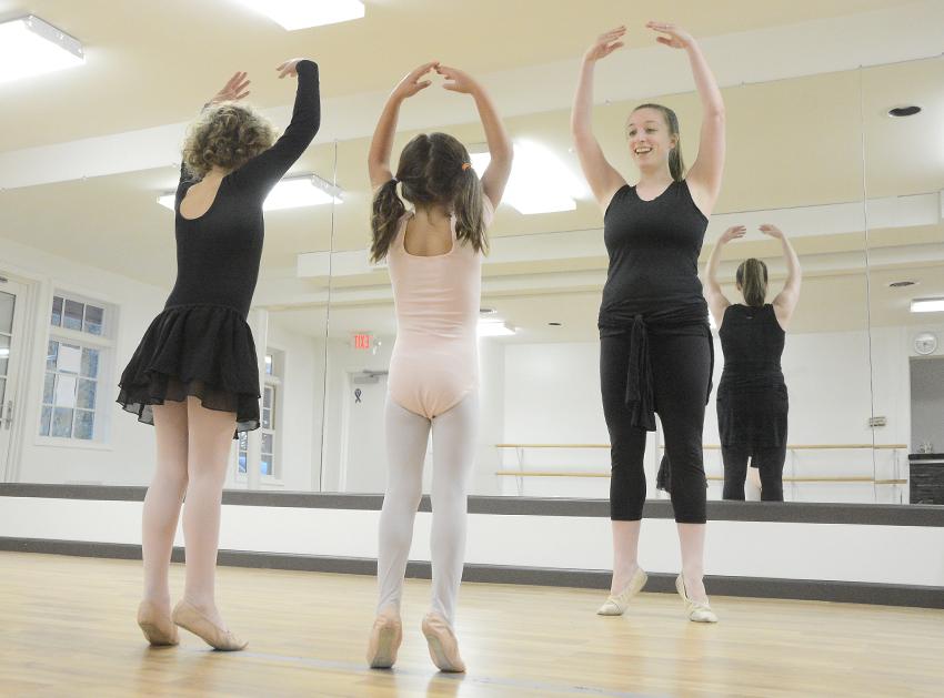 dance lab-hc.jpg
