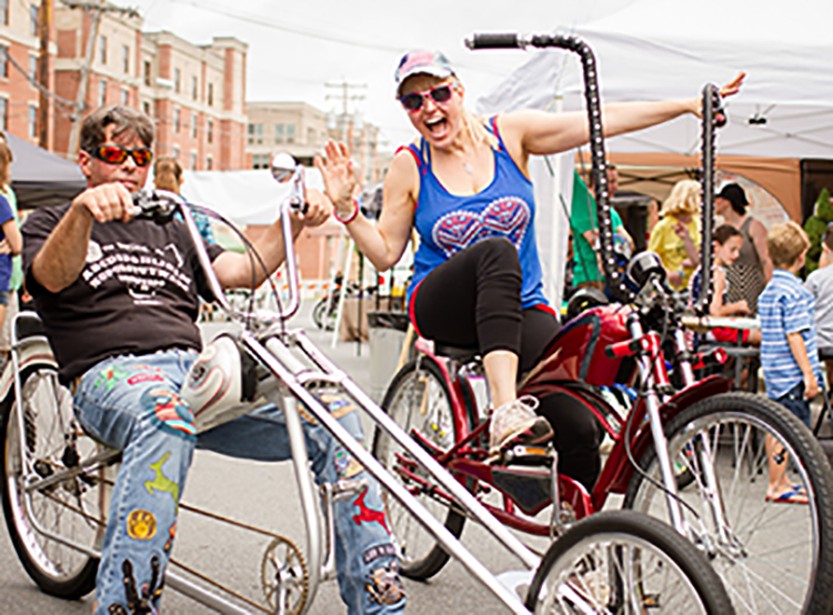 henry street bike party hc.jpg