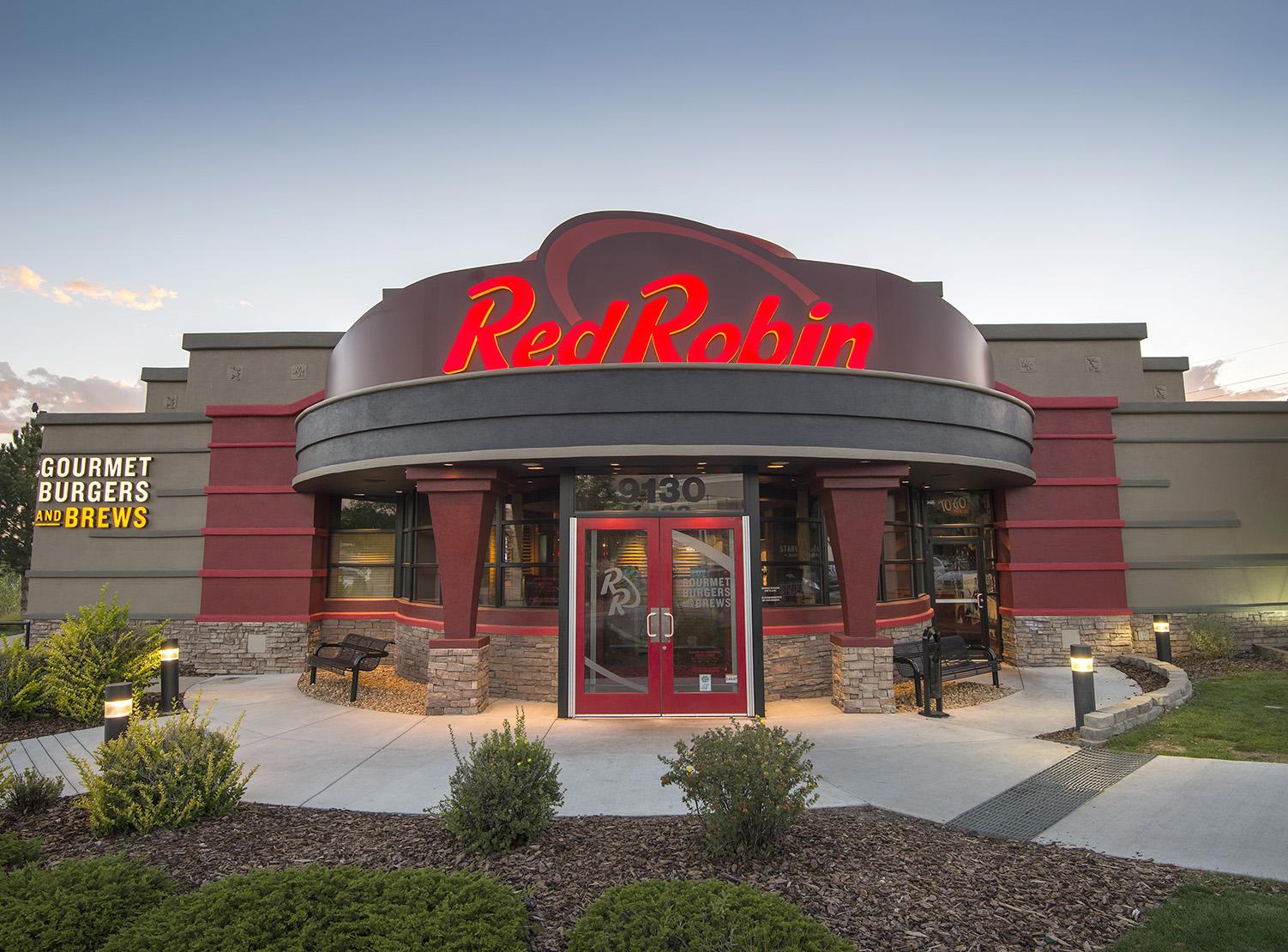 red robin hc.jpg