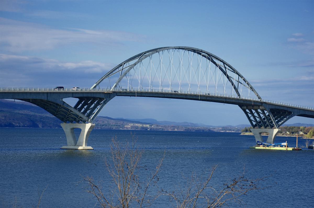 southern_close_up_of_bridge_sm.jpg