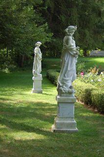 yaddo statues.jpg