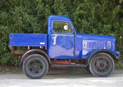 blue-antique-truck.jpg