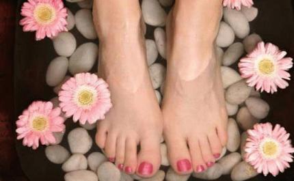 tips-n-toes-thumb-430x265-7745.jpg