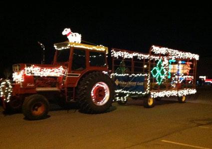 holiday-tractor-parade.jpg