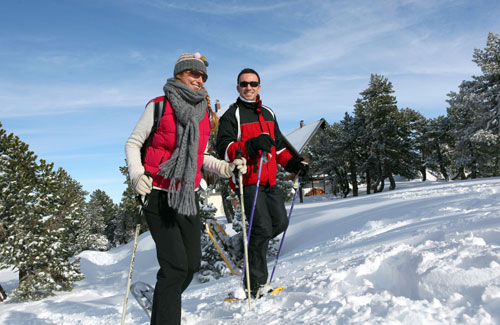 snowshoeing people