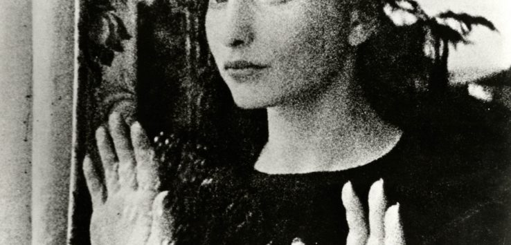 Maya Deren's Meshes of the Afternoon