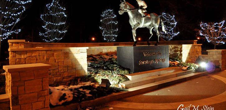 saratoga horse statue during holidays