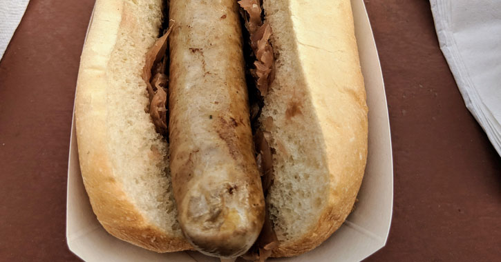 bratwurst with sauerkraut