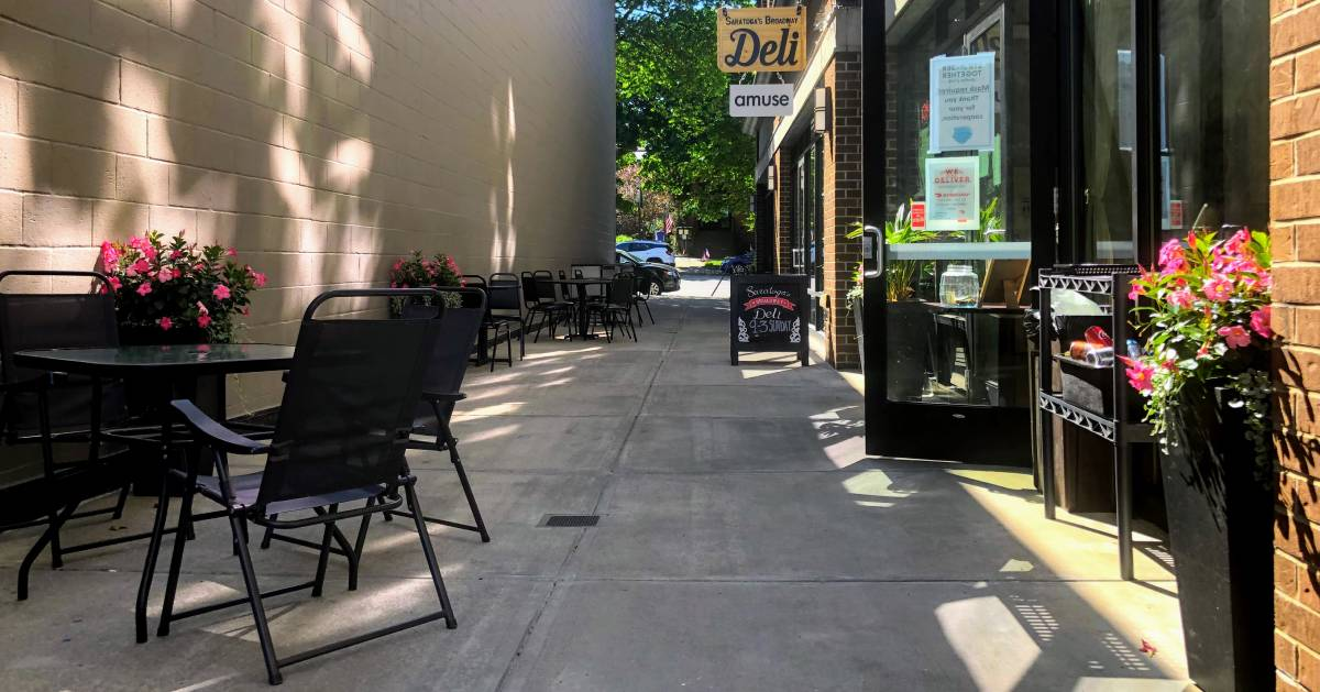sidewalk seating